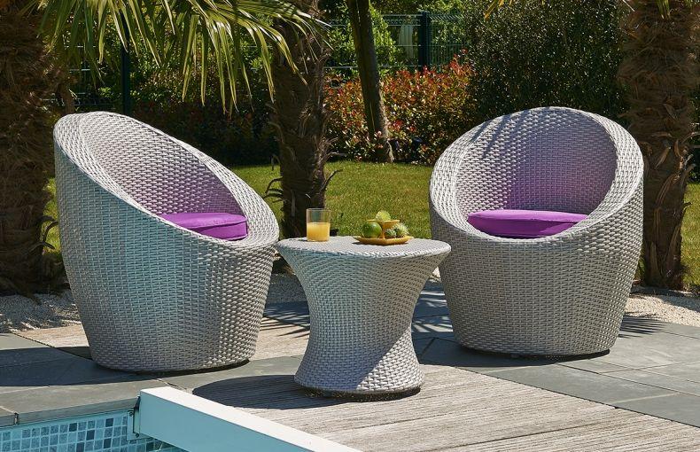 Salon de jardin en résine tressée coloris gris sidéral, empilable ...
