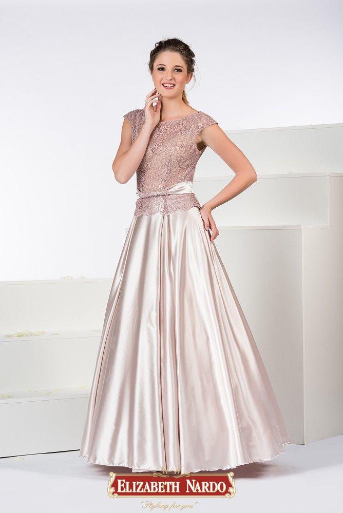 5cf37aae69 19-310 Mályva alkalmi ruha felsőrészén színben harmonizáló csipkével,  fényes szoknyával