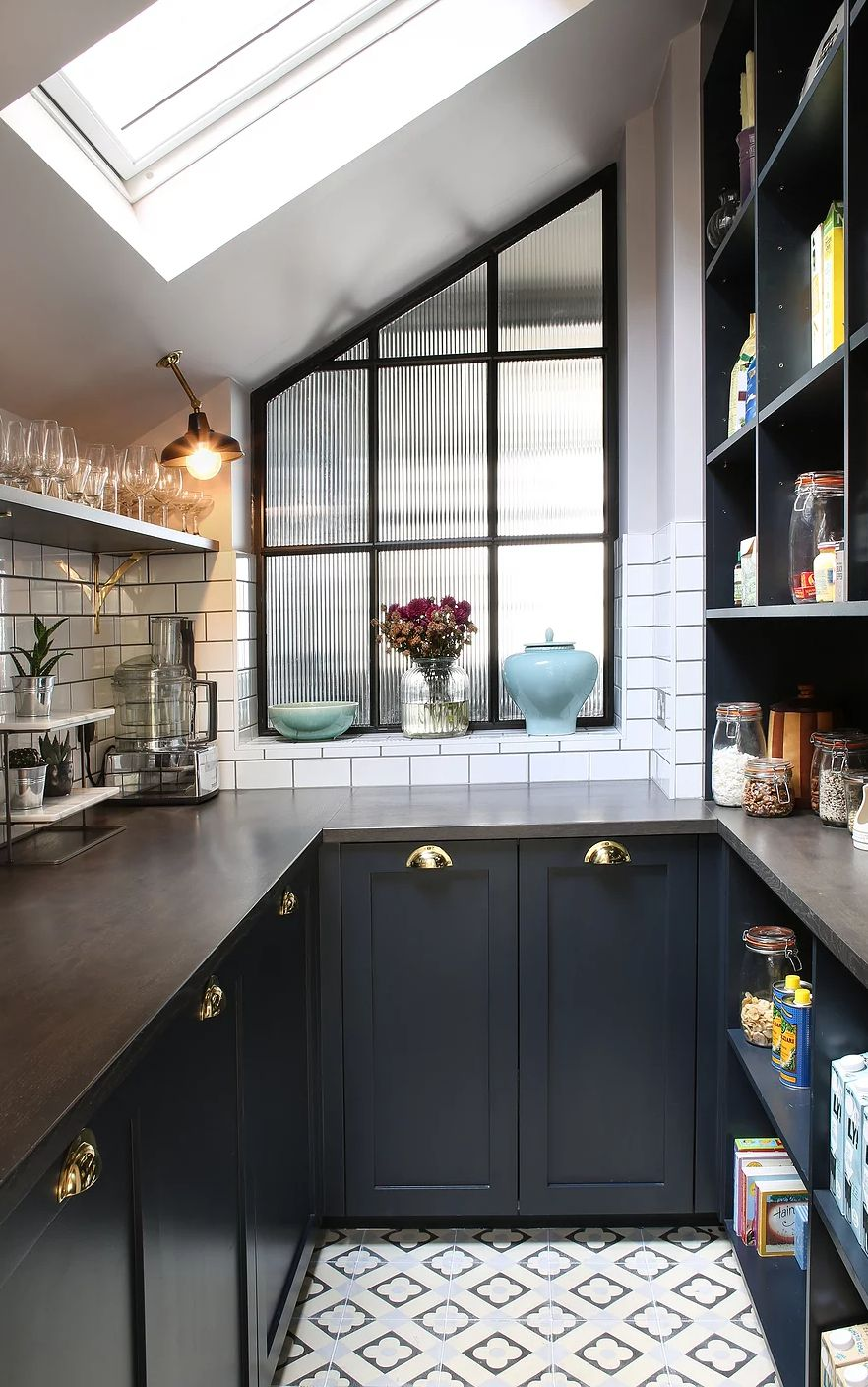 Amazing Kitchen Design With Touches Of Gold   Kitchen design small ...