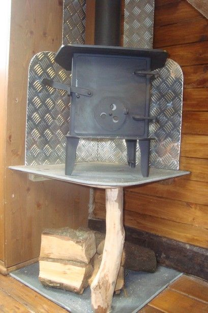 Raised Wood Stove In Corner Http Www House Box Co Uk