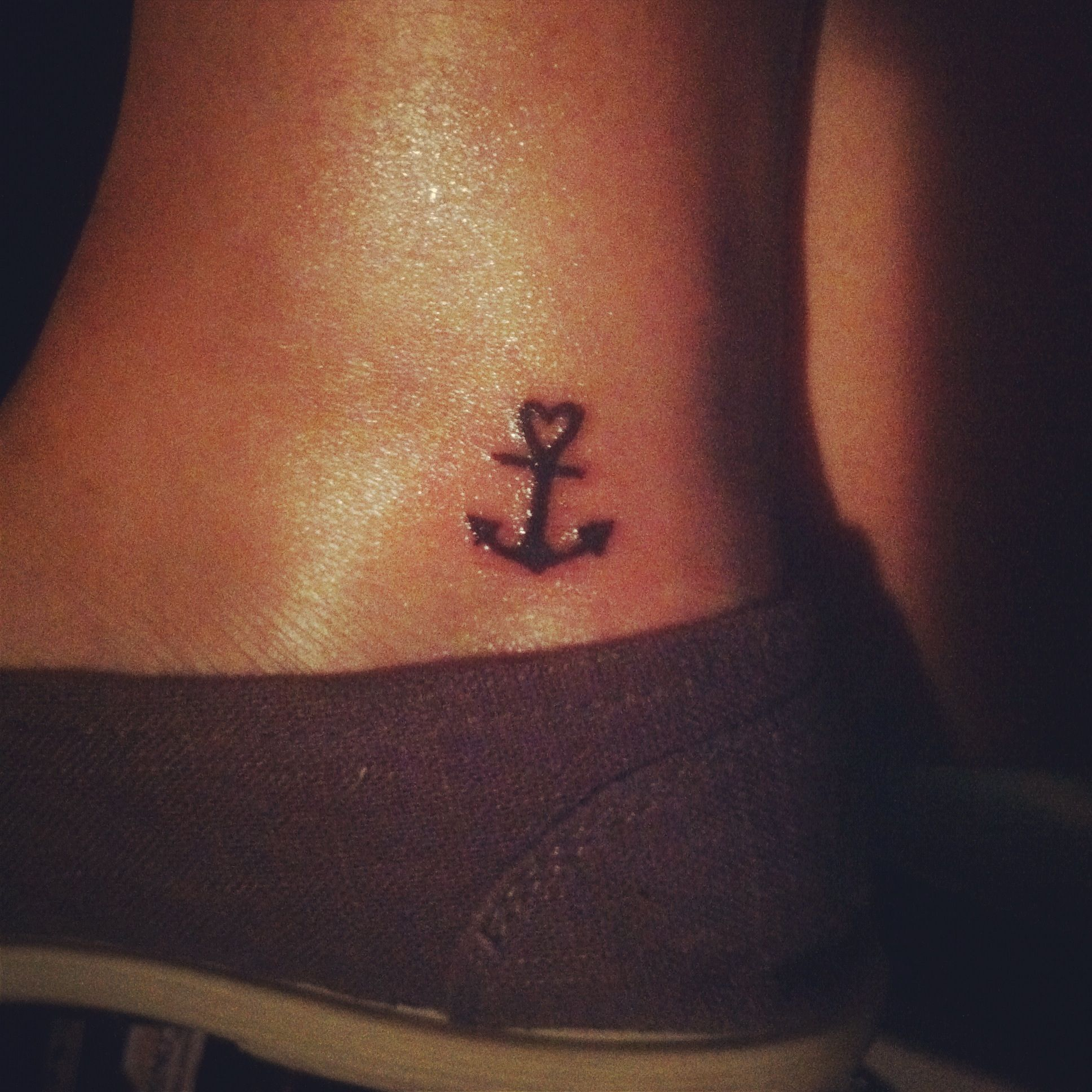Iud love to have a small tattoo like this tattoo ideas