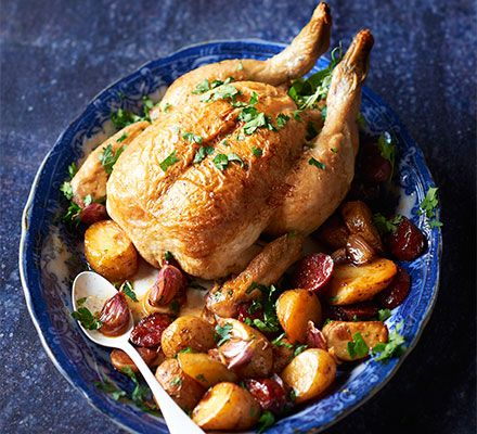 One pot chicken with chorizo new potatoes recipe spanish one pot chicken with chorizo new potatoes recipe spanish pinterest easy pot roast pot roast and lunches forumfinder Gallery