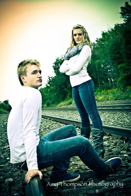 Great twin pic idea for senior pictures | Twin senior ...