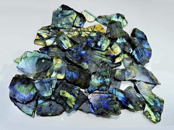 Labradorite Raw Stone Wholesale Raw Labradorite Crystal Etsy Labradorite Raw Labradorite Crystal Raw Stone