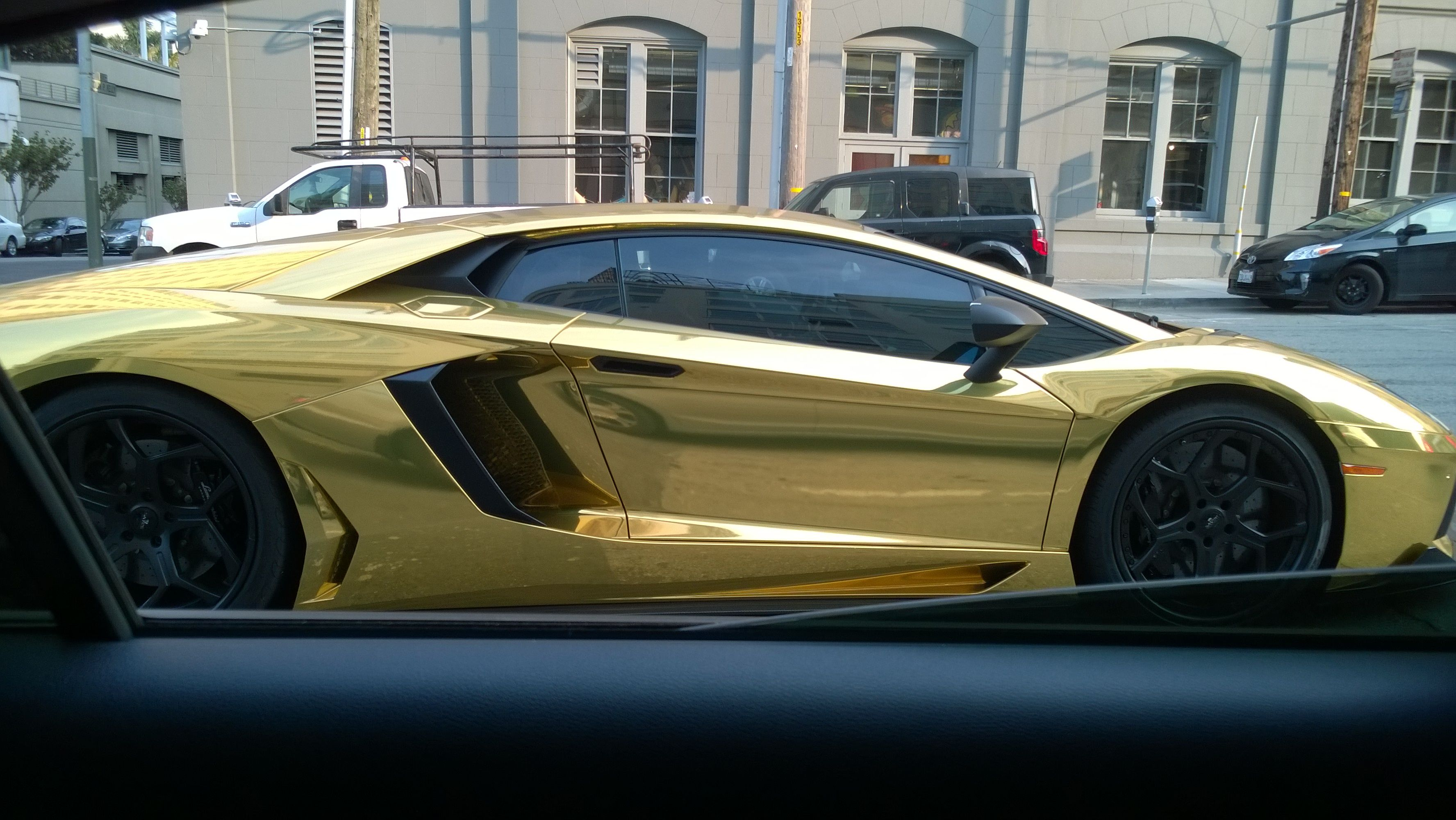 Lamborghini San Francisco >> Gold Plated Lamborghini In San Francisco Cool Cars