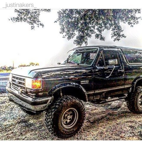Fordbroncodaily On Instagram Via Justinakers Post Ford Bronco American 4x4 Xl Xlt Ranger Eb Obs Built Ford Tough Custom Ford Ranger Bronco