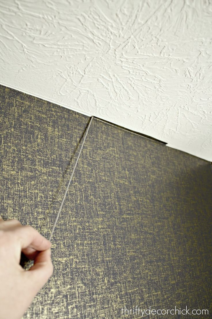How to install peel and stick wallpaper | Peel and stick ...