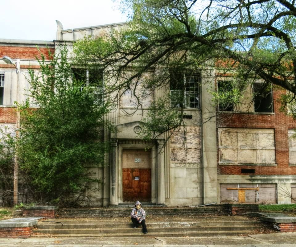 Haunted Abandoned Places In St Louis: Overgrown High School In St. Louis. Abandoned Sine 1962