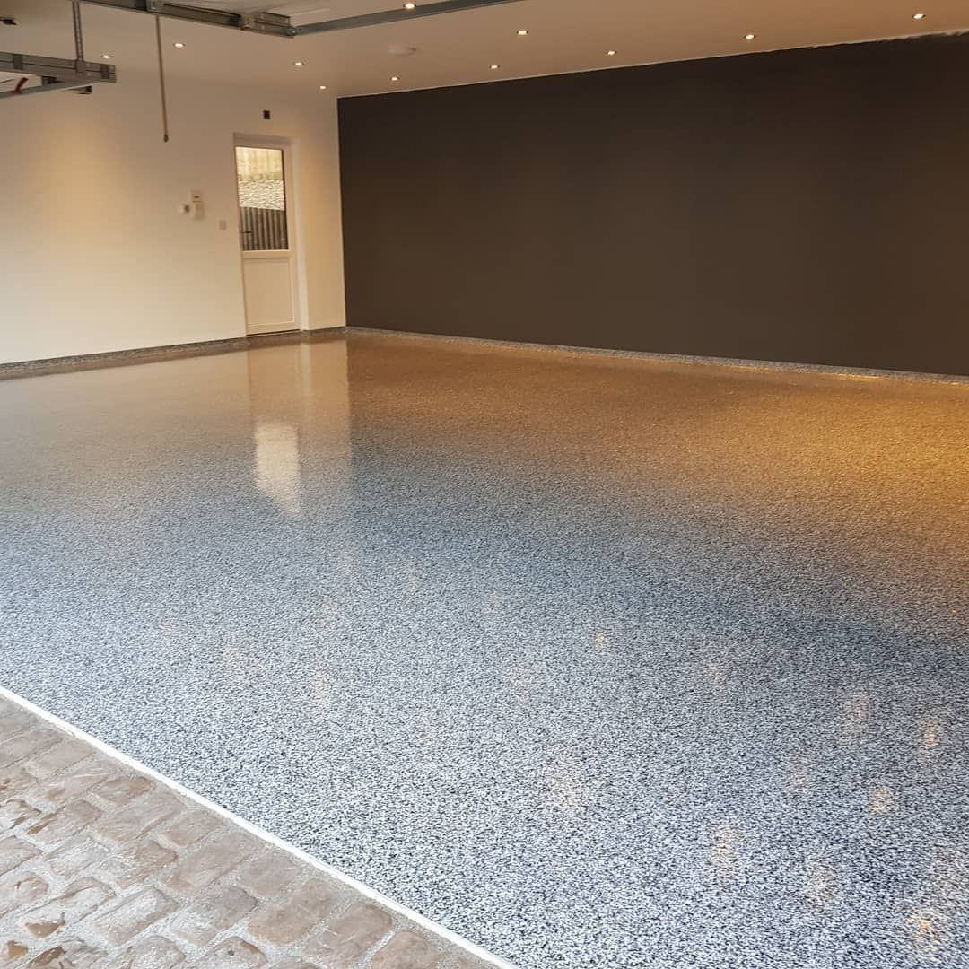 Another High End Glitter Flake Epoxy Resin Garage Floor For A Prestigious Customer In Essex This Floor Had Some Garage Floor Flooring Concrete Stained Floors