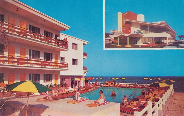 "Old Photo 1950s Miami Beach Florida /""Magic Isle Motel/"""