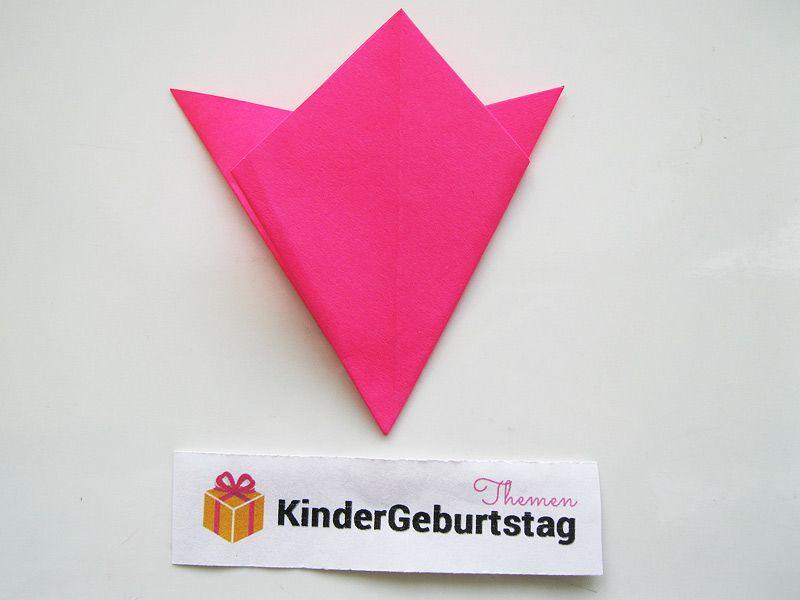 Tulpen basteln aus Papier: einfache Anleitung für die Kinder ...