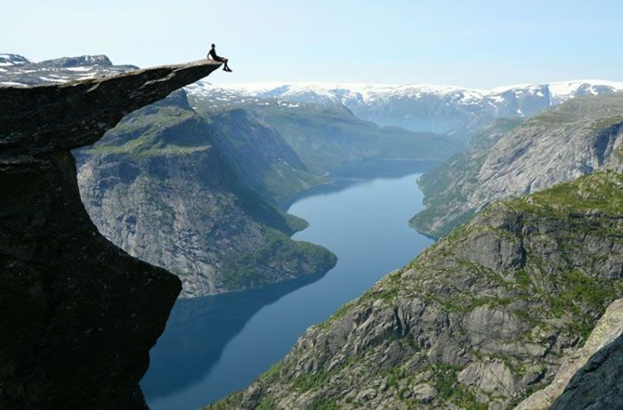 Trolltunga Stay Cheap And Comfortable On Your Stopover In Oslo - 20 otherworldly reasons you need to visit norway