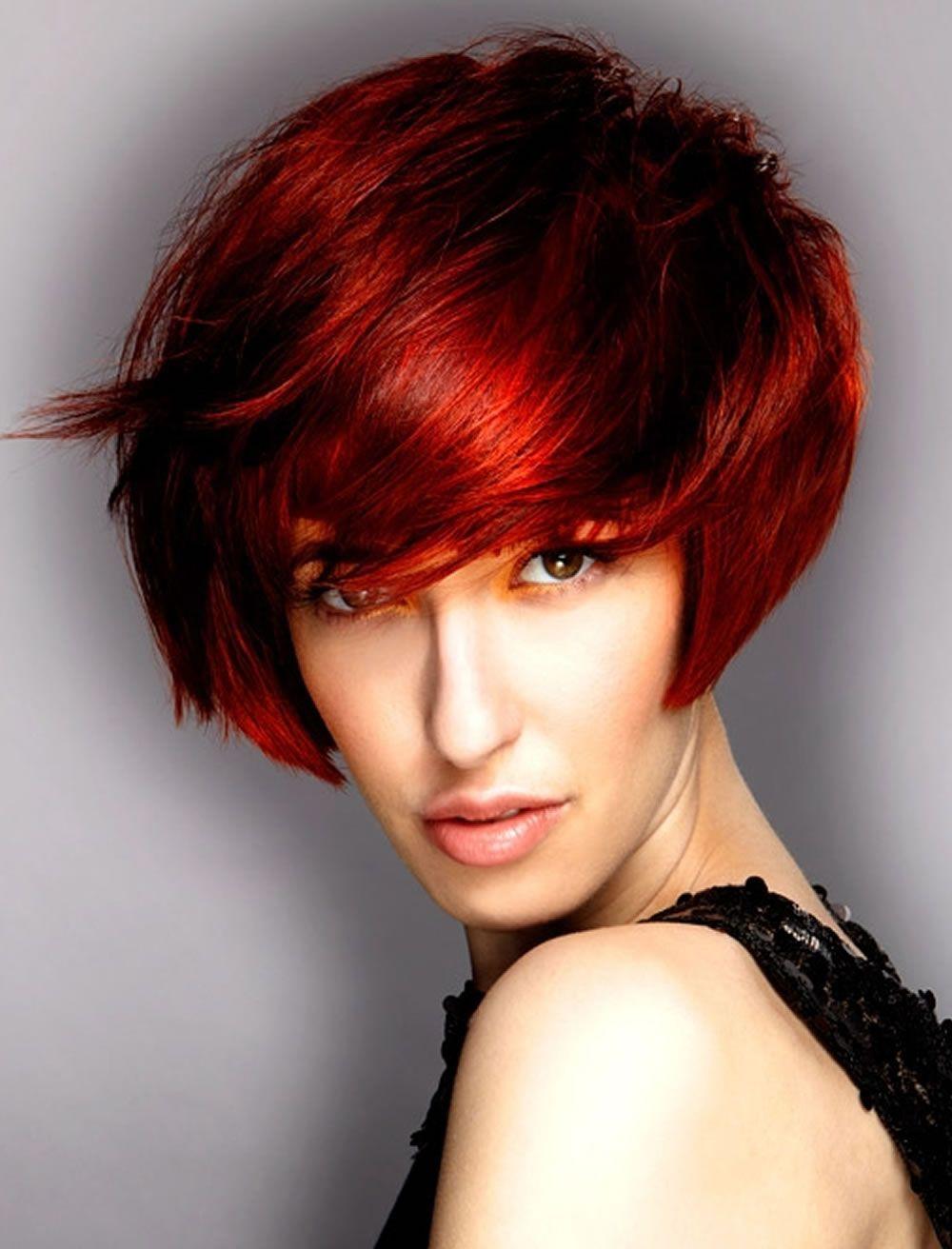 Rote Haarfarbe für kurze Frisuren Cooles Haarschnitt