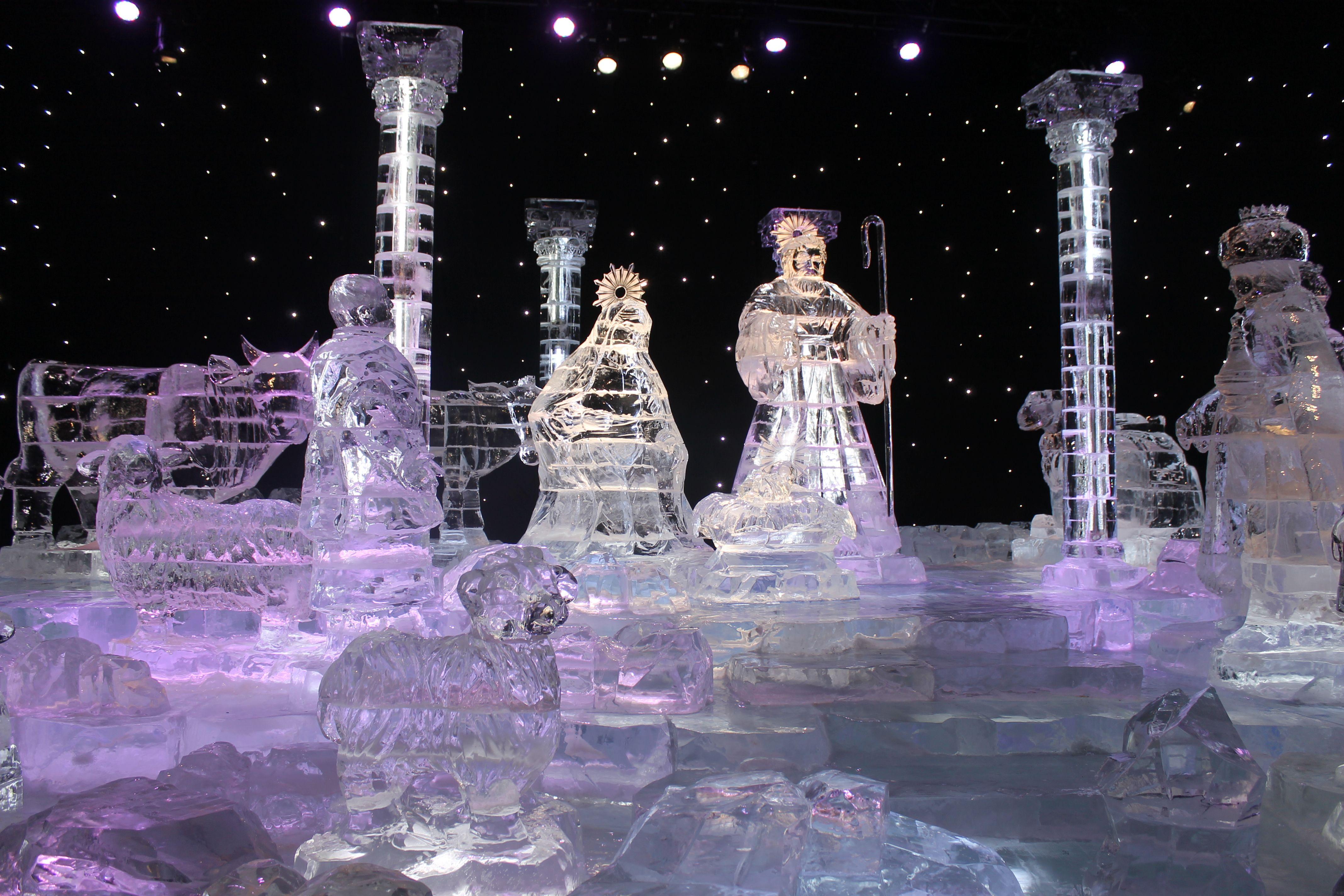 Charlie Browns Christmas ICE