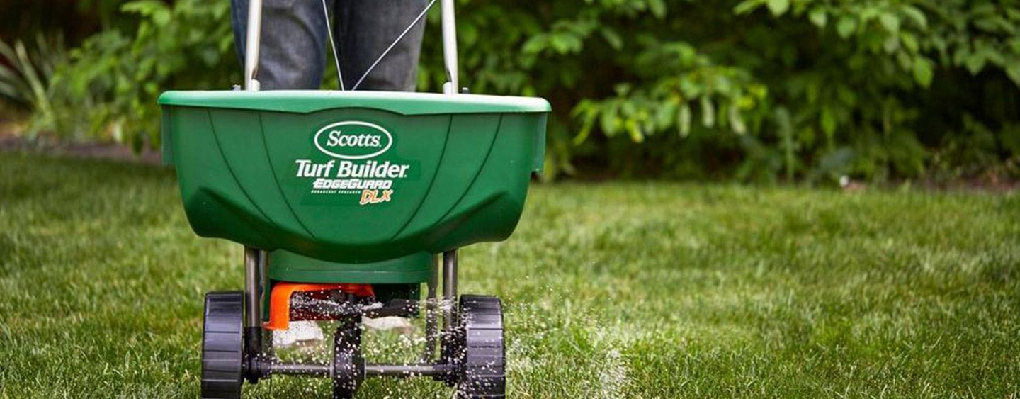 Choose a Lawn Spreader Lawn fertilizer, Turf builder