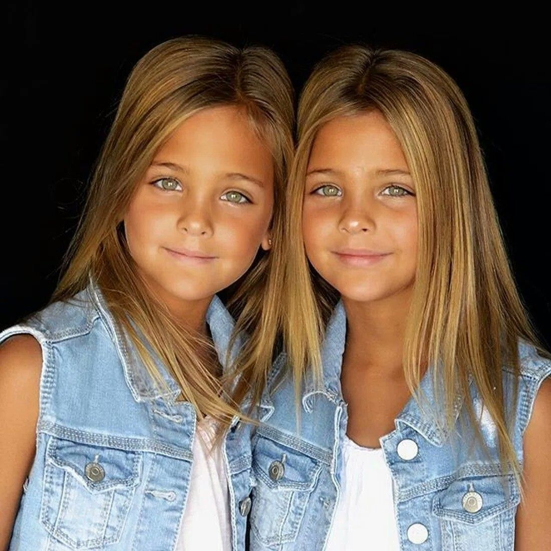 Beautiful twins porn