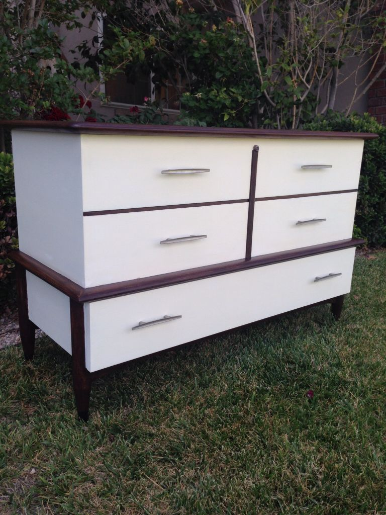 Mid Century Modern Lane Cedar Chest Chalk Painted In White And Gel Stained