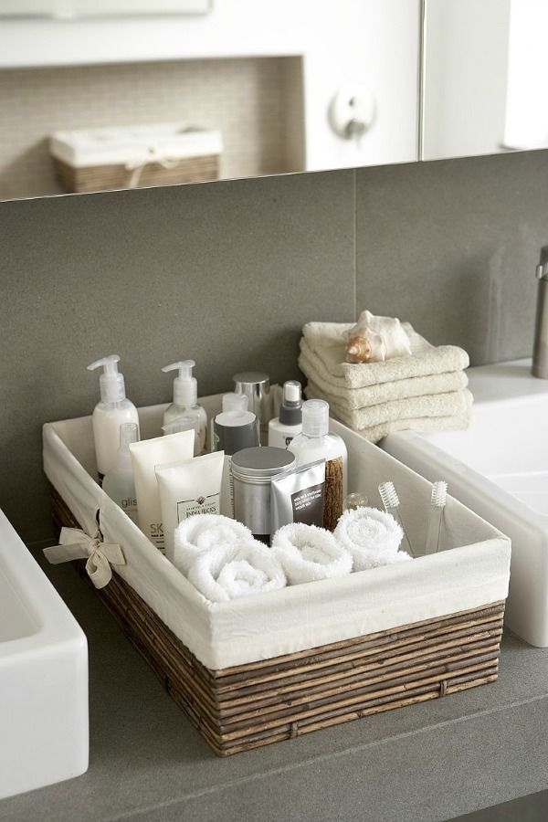 Opbergen in de badkamer (Eenig Wonen) | Washroom, Shelves and Bath