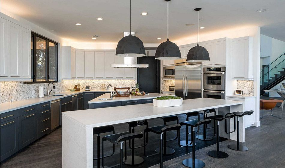 Pin By Cynthia Cantu On Luxury Homes In 2020 Mansion Kitchen Modern Mansion Interior Design Your Dream House