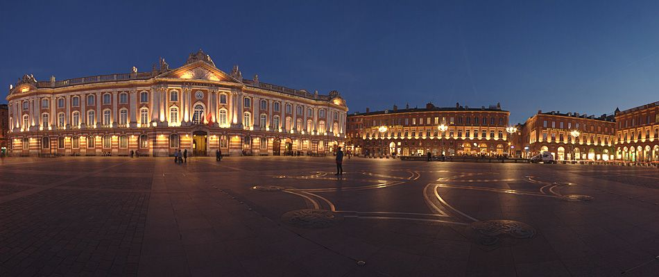 place du capitole toulouse france spring in the south of france pinterest toulouse france. Black Bedroom Furniture Sets. Home Design Ideas