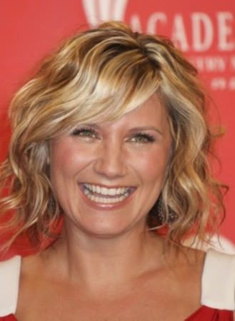 Lovely short hairstyle my style pinterest short hairstyle best haircuts for thin wavy hair best haircuts for thin wavy hair best short haircuts for thin wavy hair best haircuts for long thin wavy hair winobraniefo Image collections