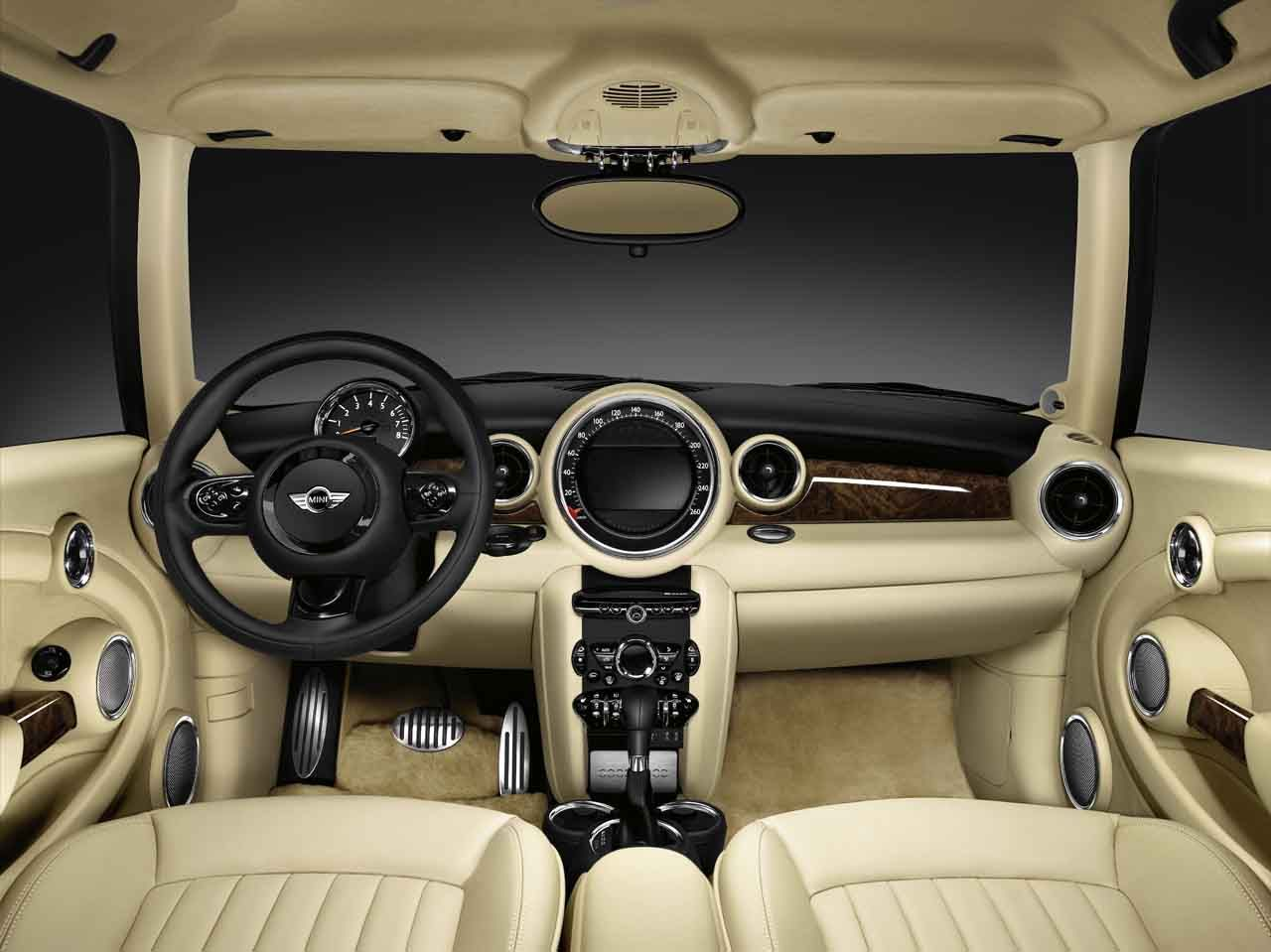 MINI inspired by Goodwood: the most luxurious MINI ever made.