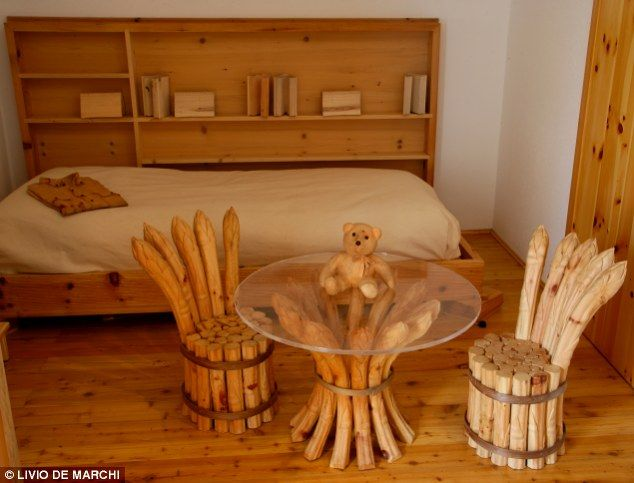 The incredible home where everything is made out of wood... even the ...