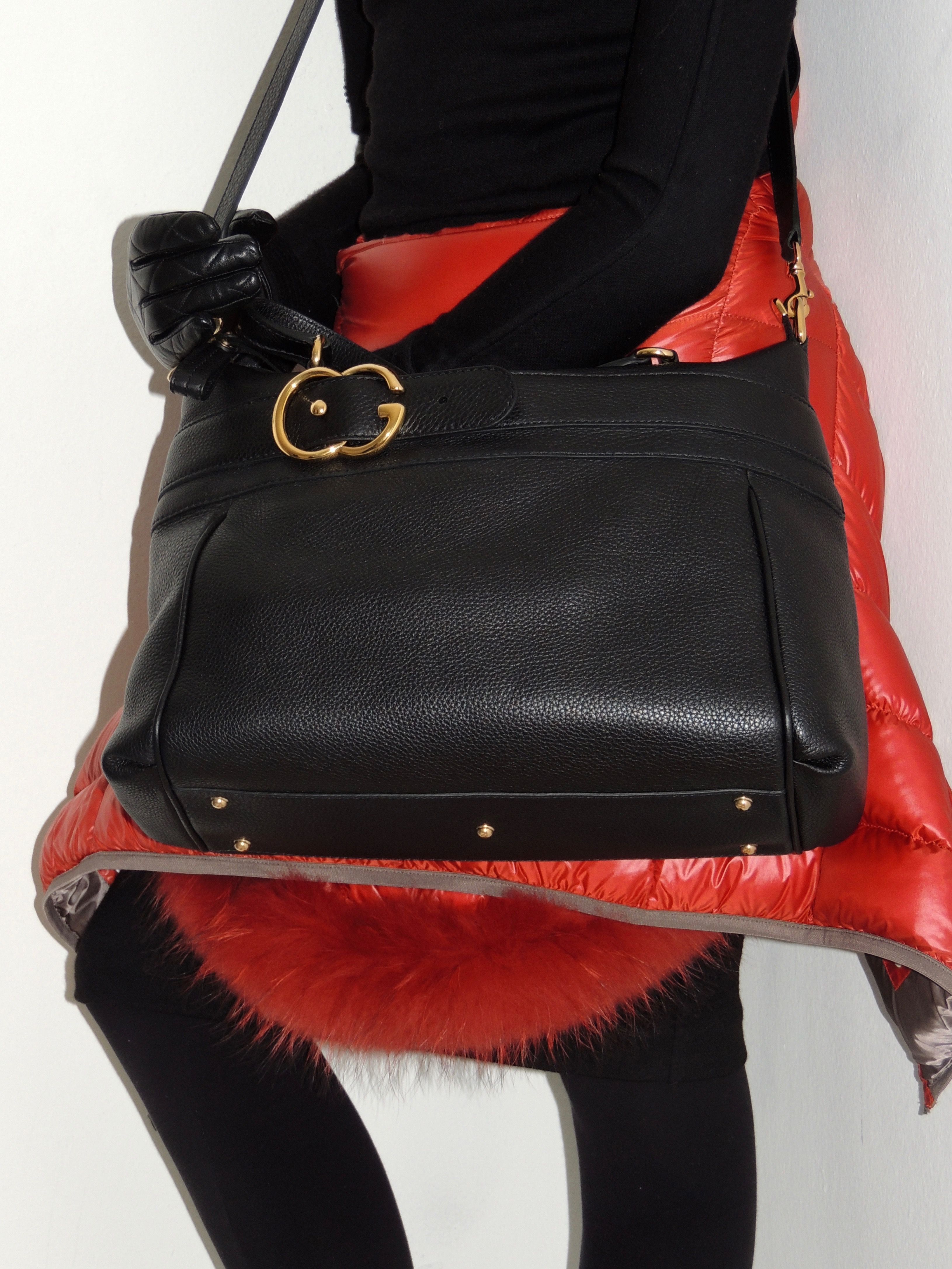 a5767fc96ae bagfashionysAVAILABLE! 1200  New Gucci 2Way bag . Authentic come ...