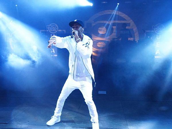 SUMMER JAM 2015: Chris Brown, Nicki Minaj, Meek Mill, Trey Songz, Future, 50 Cent, Teyana Taylor, Fabolous, Big Sean & MANY More + Police Tear Gas Concertgoers After Massive Riot!