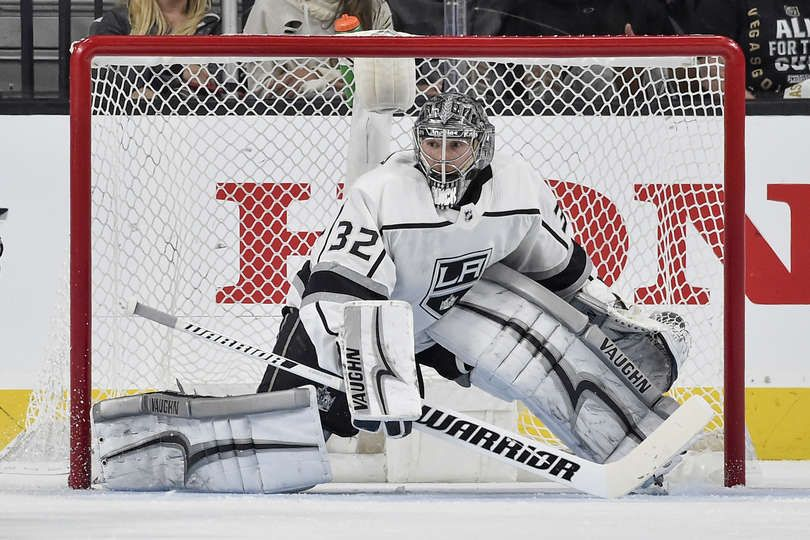 Las Vegas Nv April 11 Jonathan Quick 32 Of The Los Angeles Kings Defends His Goal Against The Vegas Jonathan Quick Los Angeles Kings Vegas Golden Knights