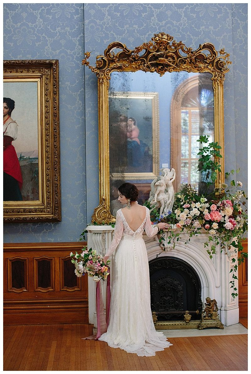 Bride at historic Hay House in Macon, GA. Florals by Victory Blooms ...