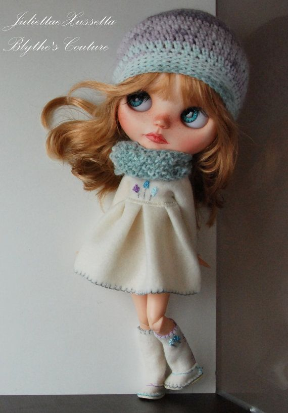 Blythe outfit: coat/dress hat scarf and boots di juliettaexussetta