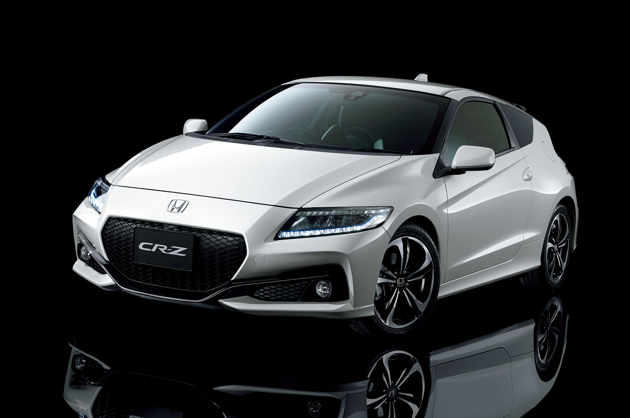 Honda CR Z by Mugen with 200 Horsepower Hybrid Mugen unveiled this