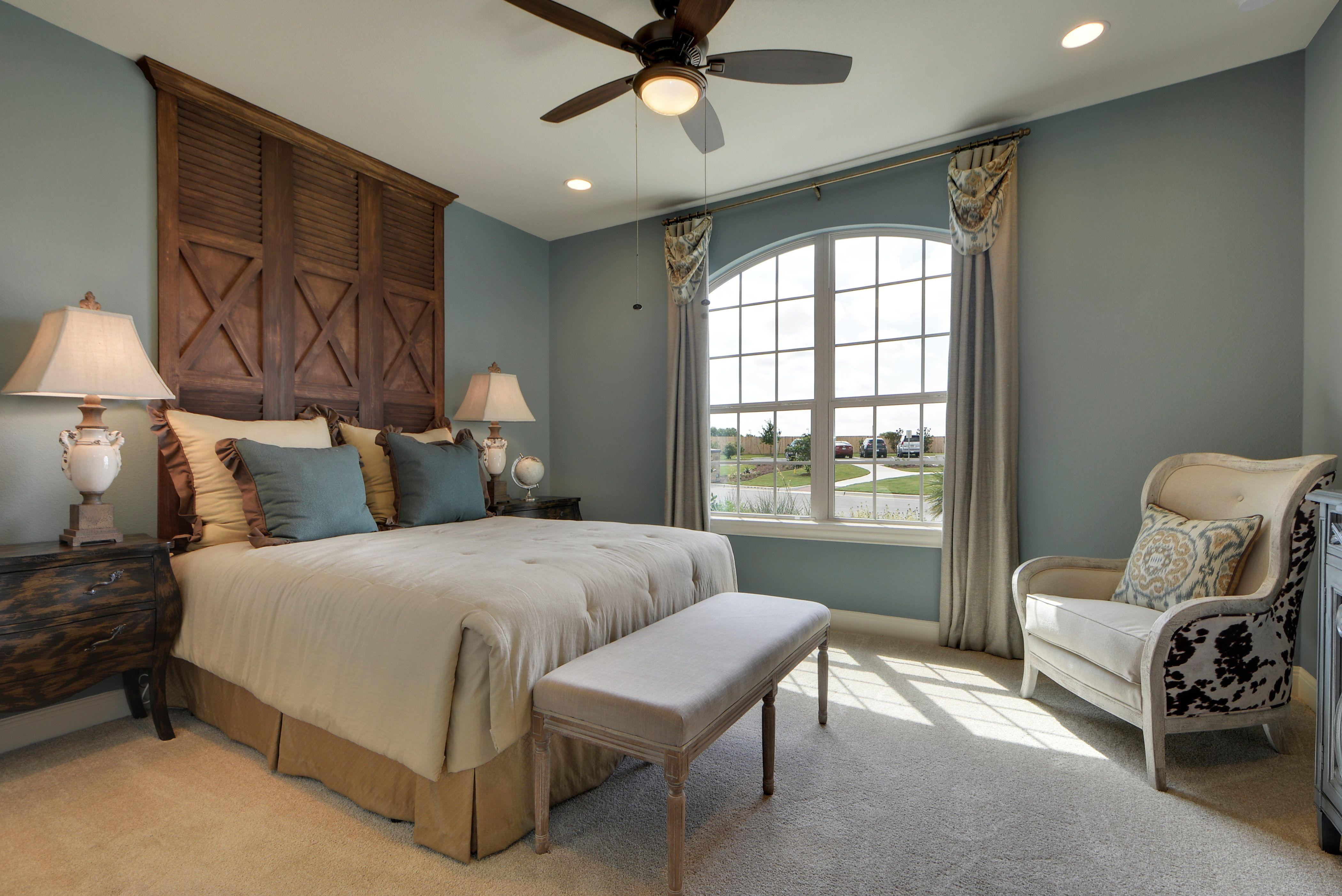 store south inspirations rock edinburg size tx corpus lfd austin bedroom full texas in round mcallen lacks marvelous alice stores ideas of victoria furniture picture definition