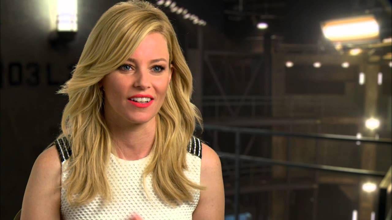 Elizabeth Banks Mockingjay Part 1 Cast Interview Hd Hunger Games Jennifer Hunger Games Effie Mockingjay