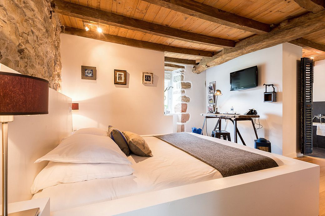 Nice Luxury Bed U0026 Breakfast And Charming Cottages Rental In The Basque Country.  La Ferme Elhorga Is An Authentic Farm Dating From The Century, Situated  Just 10 ...