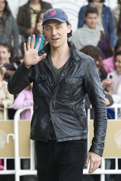 Waving Hiddles