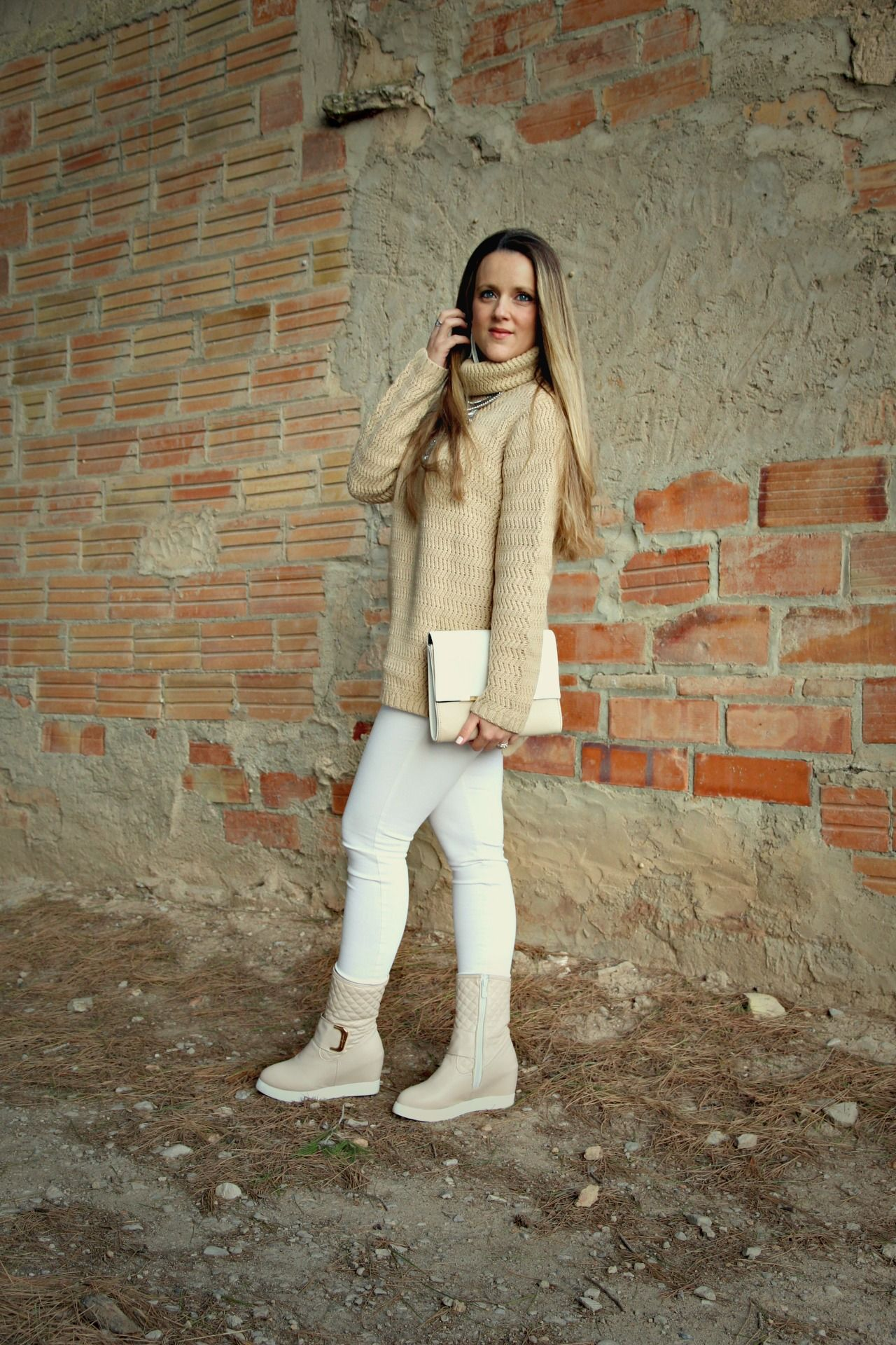 WHITE AND CAMEL