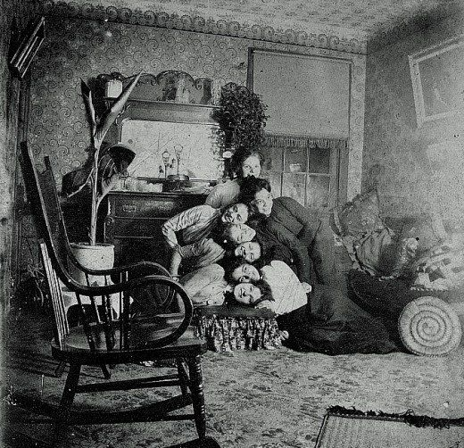 Awkward Family Photo, Victorian Edition...