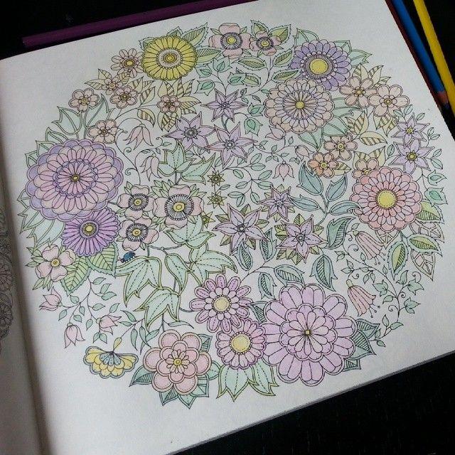 Kleurplaat uit Mijn Geheime Tuin. Meer informatie + boekrecensie: http://www.passion2create.nl/blog/2014/06/boekreview-mijn-geheime-tuin/