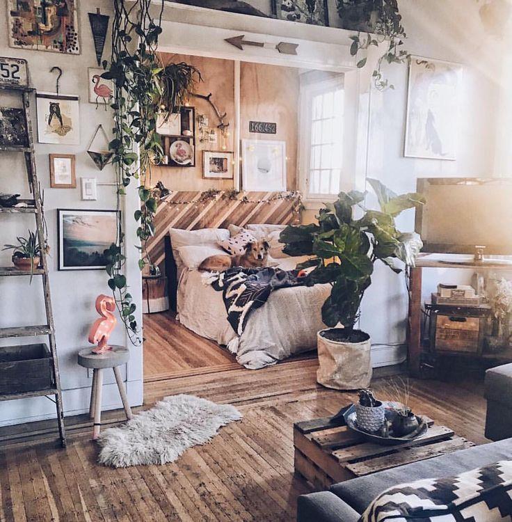 Ich liebe Hunde. So sehr. Und ich liebe auch unkonventionelle Interieurs. So sehr. Weshalb ...   - Room inspiration - #auch #Hunde #ich #Inspiration #Interieurs #liebe #room #sehr #und #unkonventionelle #Weshalb #bohemianwohnen