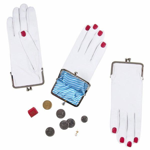 Glove coin purse from welcomcompanions.com
