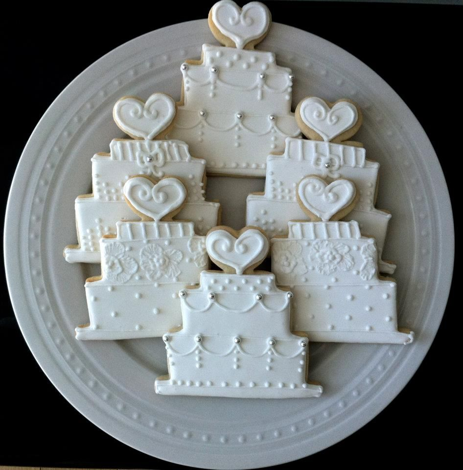 Wedding Thank You Cookie Wedding Cake Shape With Royal Icing Cookie Wedding Favors Bridal Cookies Anniversary Cookies