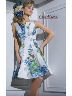 Tony Bowls TS116104 | Find this 2016 Homecoming dress at www.henris.com
