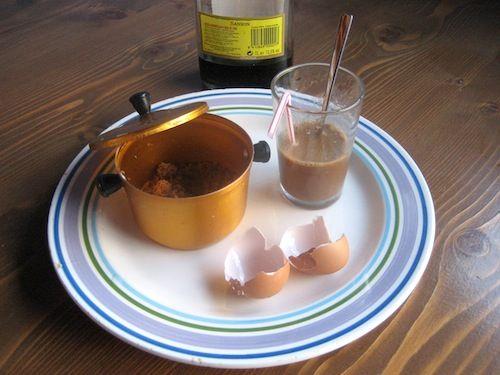 Vino Sansón con yema de huevo batida. #frikimaridaje desde Tenerife