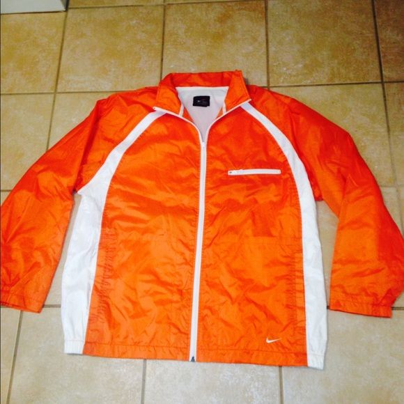 490f01b987 PRICE DROP  20 NIKE NYLON WINDBREAKER Nike zip up thermo fit orange n white  nylon windbreaker
