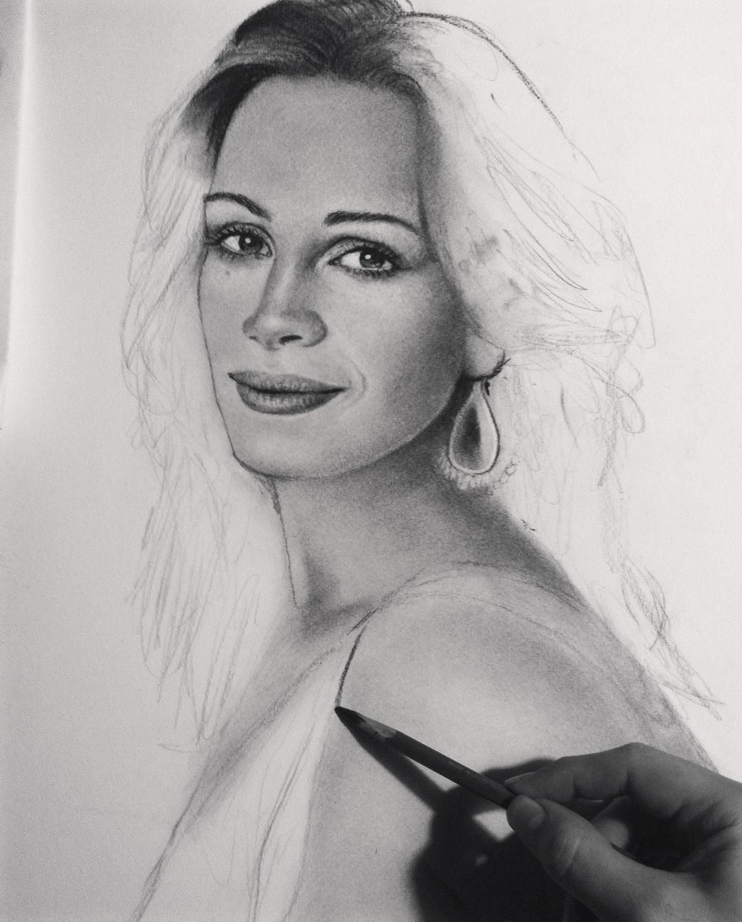 In progress ,charcoal on papers : #art #artwork #arte #artist #artistic #drawing #draw #portrait #picoftheday #picture #sketch #design #celebrity #juliaroberts #instagood #instagram #instaart #follow4follow #followme #followers #follow #pencil #charcoal #painting #film #hollywood #artistasalguero http://tipsrazzi.com/ipost/1518495717240124692/?code=BUSx887DLUU