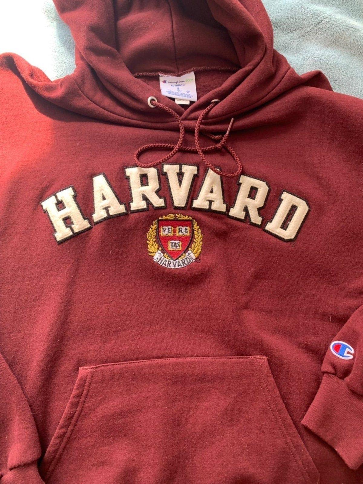 Pin By Nova Teodovici On Good Stuff Vintage College Sweatshirts College Sweatshirts Hoodie Harvard Hoodie [ 1601 x 1200 Pixel ]