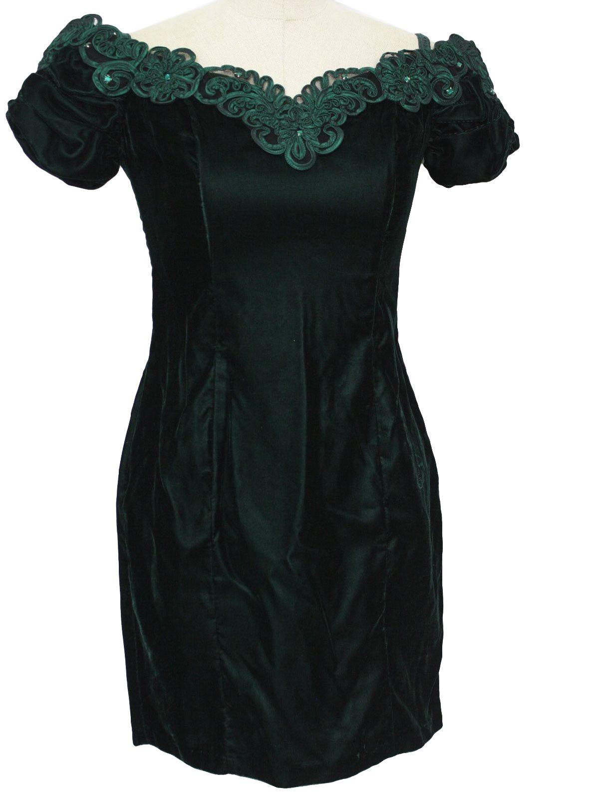 Emerald green rayon velvet prom dress motherus dresses pinterest