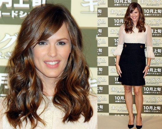 Long Hair Styles With Side Bangs: Best Long Hairstyles With Side Bangs